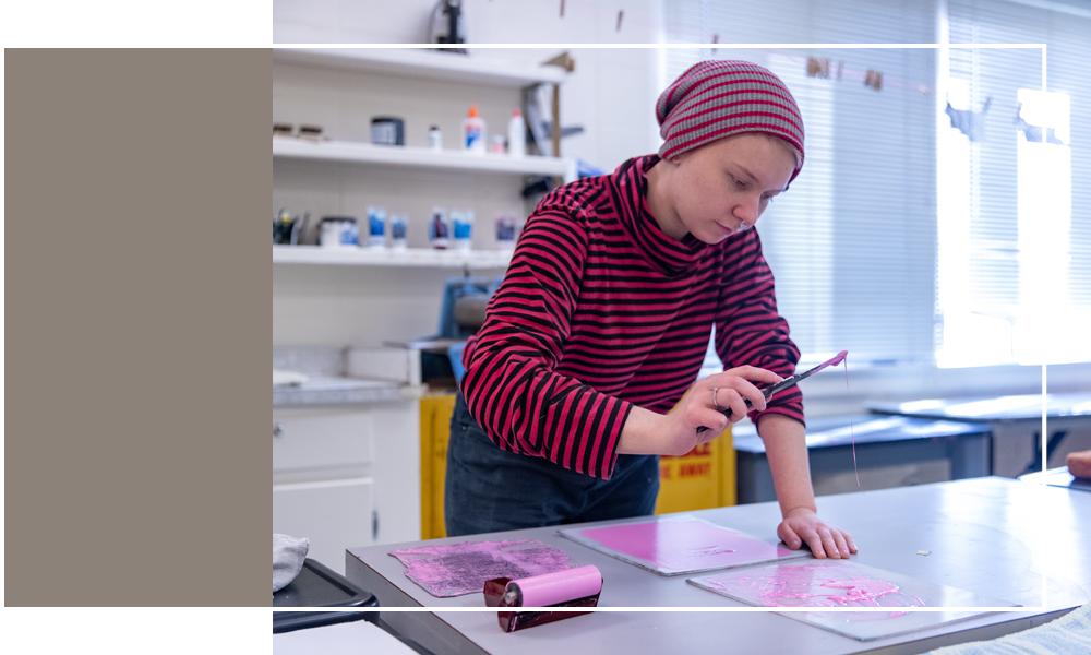 student in printmaking image